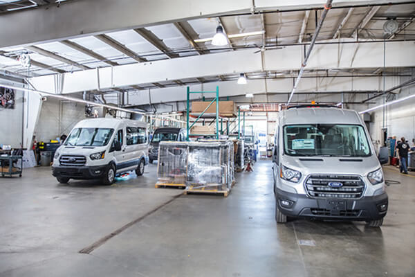 commercial vehicle service center