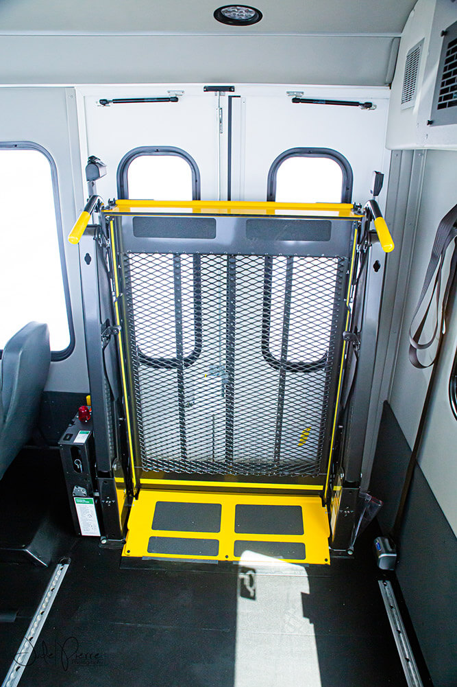 rent shuttle bus with wheelchair lift